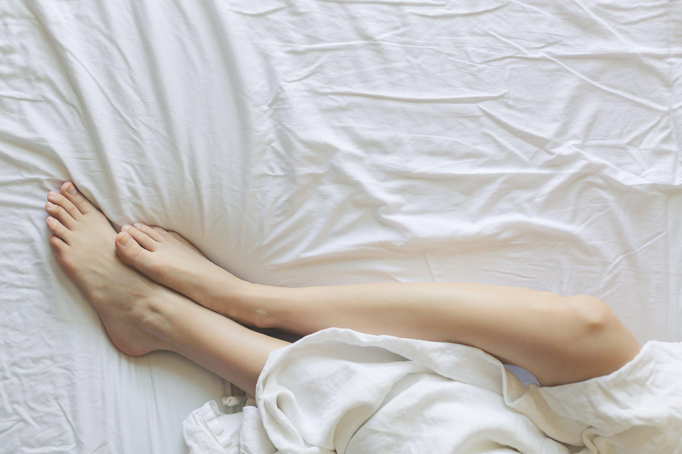 mattress with leg